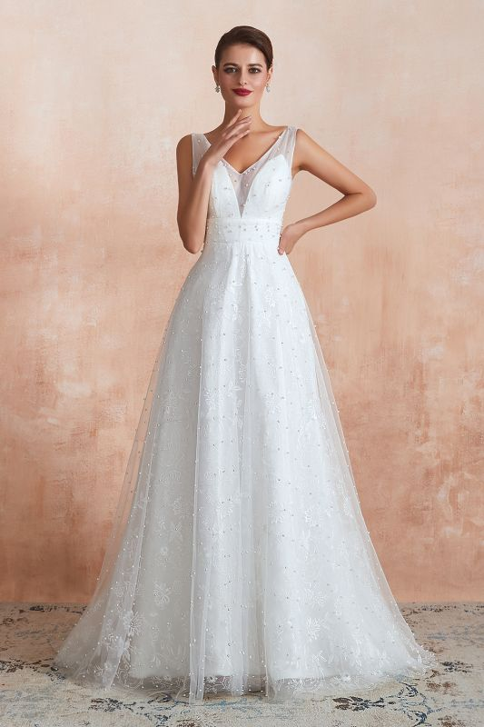 Fantastic V-Neck Sleeveless White Appliques Wedding Dress With Pearls