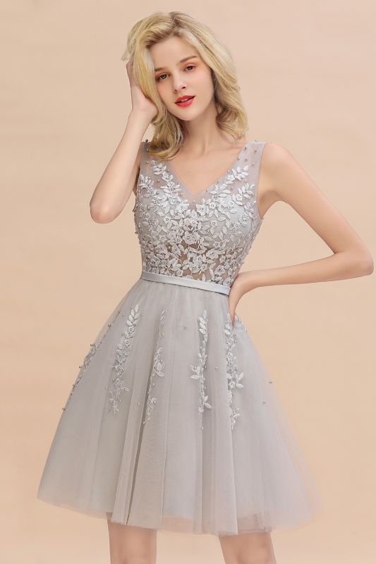Elegant V-Neck Sleeveless Short Prom Dress | Mini Homecoming Dress With Lace Appliques