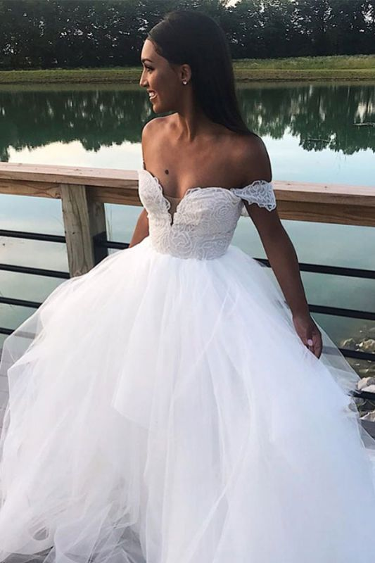 Lace Wonderful Appliques A-line Wedding Dresses