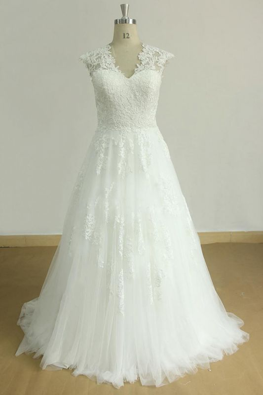 Glamorous Sleeveless Appliques Tulle Wedding Dress | A-line Lace Straps Bridal Gowns