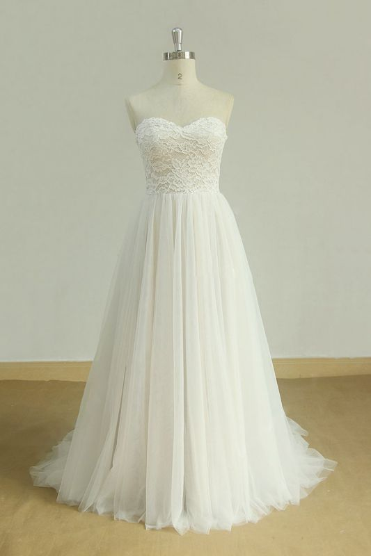 Sexy Sweetheart White Tulle Wedding Dress | Lace A-line Ruffles Bridal Gowns