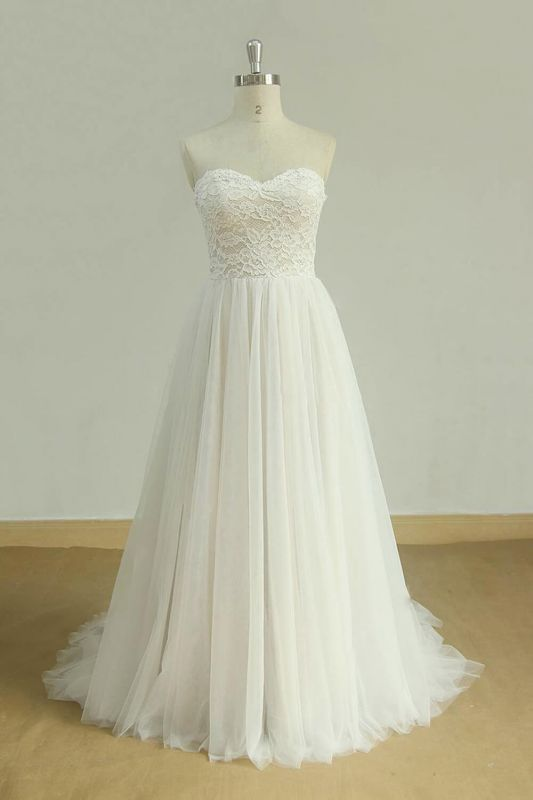 Chic Sweetheart Lace Wedding Dress | White Tulle Ruffles Bridal Gowns