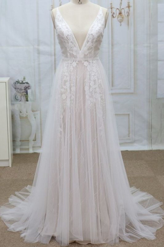 Sexy V-neck Straps Sleeveless Wedding Dress | Lace Appliques Tulle Bridal Gowns