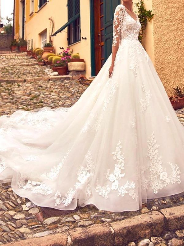Country A-Line V-Neck Wedding Dress Tulle Lace 3/4 Sleeves Bridal Gowns with Train