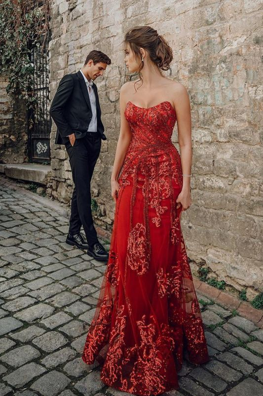 Beautiful Strapless Ruby Tulle Sequins Sheath Prom Dresses With Appliques