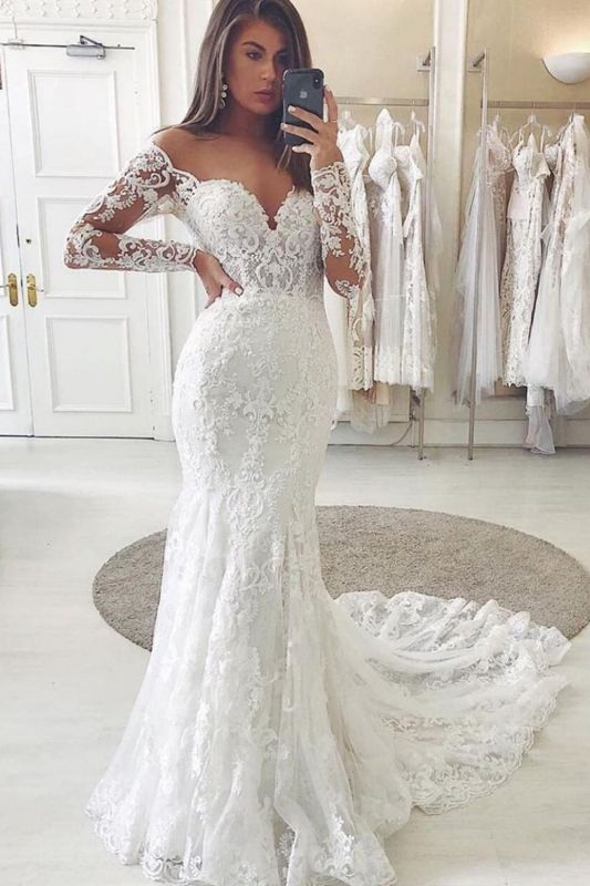 Graceful Tulle Ivory Sweetheart Lace Wedding Dresses With Long Sleeves