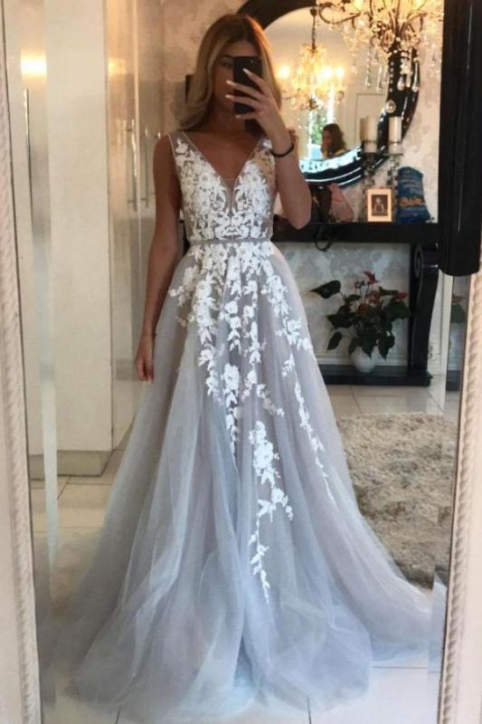 Sleeveless Tulle Lace V Neck Appliques A-Line Prom Dresses Long