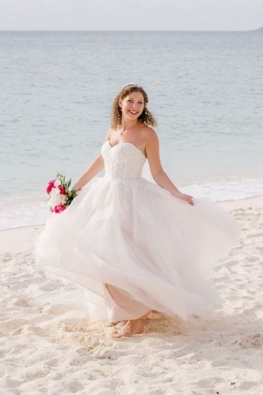 Gorgeous Sweetheart Lace Wedding Dress Long Tulle Bridal Gowns Online
