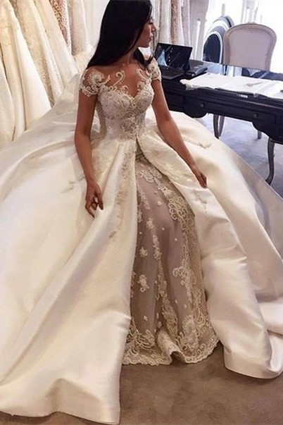 Gorgeous Short Sleeve Lace Wedding Dresses Custom Made 2020 Bridal Gowns with Long Train BA5502
