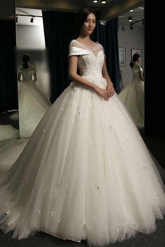 Puffy Lace-Applique Wedding Dresses 2020   Scoop Cap-Sleeves Exquisite Gowns