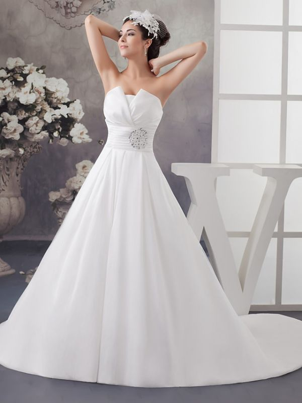 A-Line Wedding Dress Strapless Satin Strapless Bridal Gowns with Chapel Train