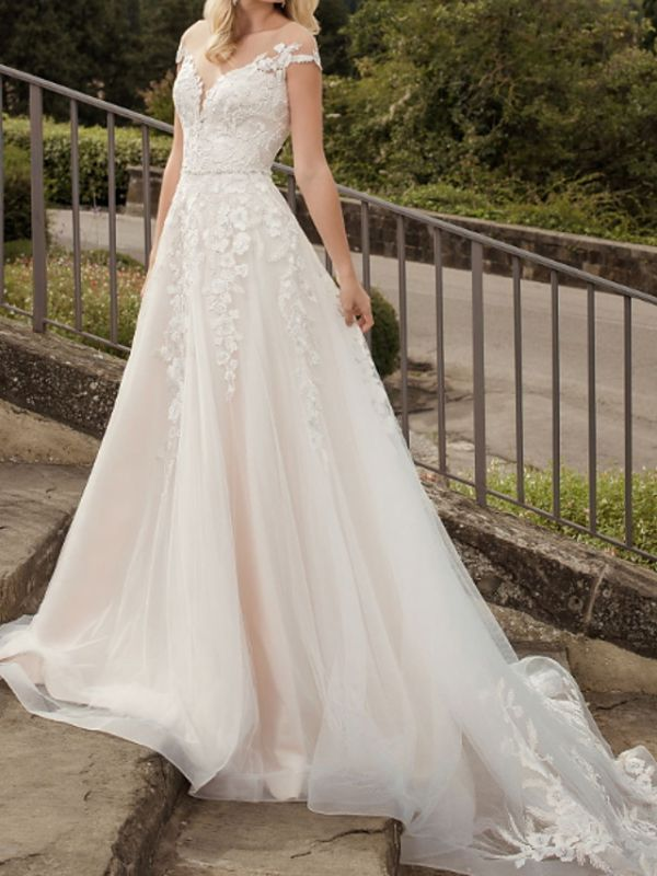 A-Line Wedding Dresses V-Neck Lace Tulle Short Sleeve Bridal Gowns Country Plus Size Court Train