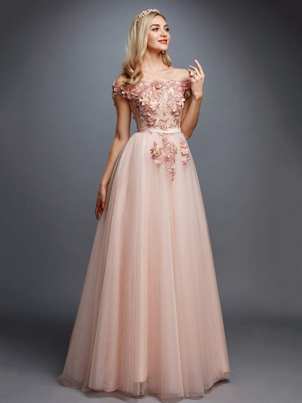 Glamorous Sleeveless Appliques Tulle A-Line Prom Dresses