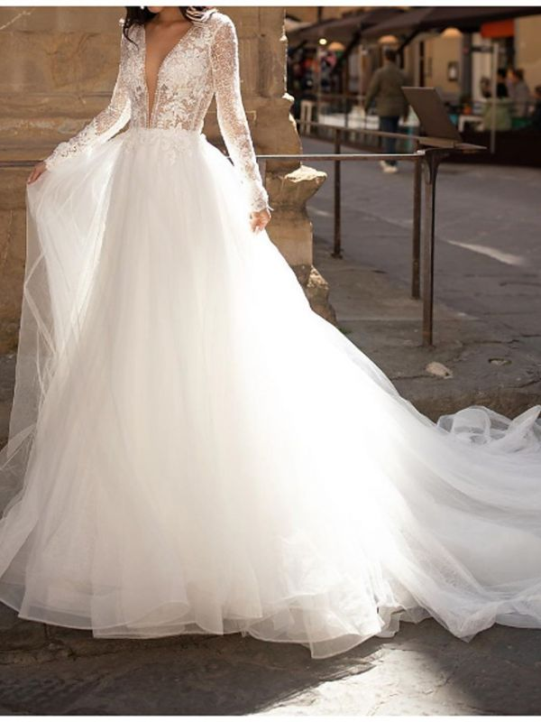 A-Line Wedding Dresses Plunging Neck Lace Tulle Long Sleeve Bridal Gowns Country Plus Size Court Train