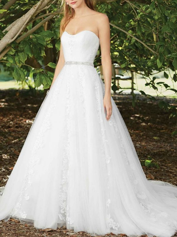 Sexy A-Line Wedding Dress Sweetheart Lace Sleeveless Bridal Gowns in Color Court Train