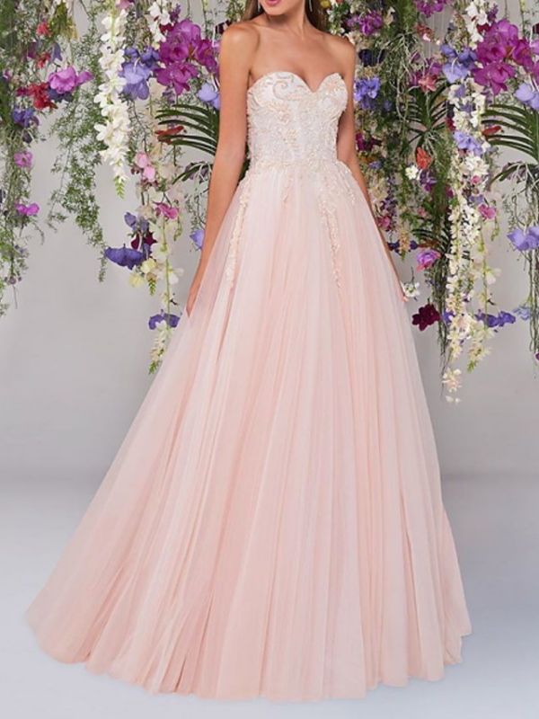 Country A-Line Wedding Dress Strapless Lace Tulle Sleeveless Bridal Gowns Wedding Dress in Color