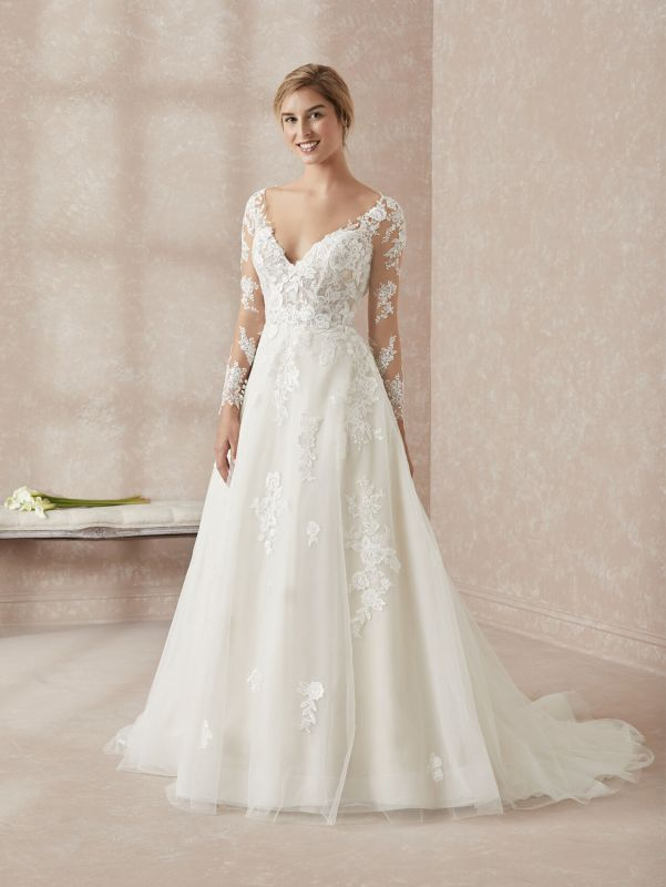 Elegant Long Sleeves White Floor-Length Wedding Dress With Lace Appliques