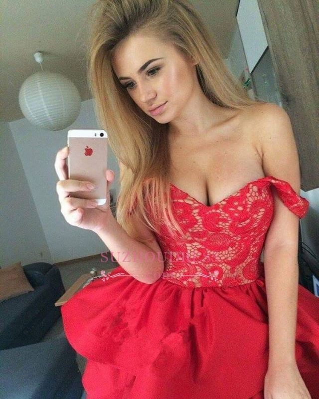Ruffles Red Short Lace Modest Off-the-shoulder Homecoming Dress