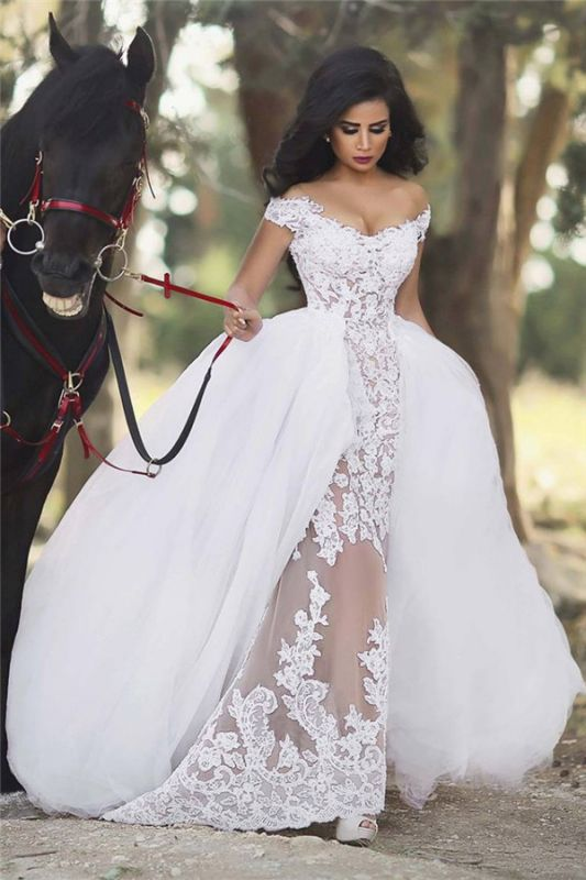 Off The Shoulder Sheer Lace Wedding Dresses 2020 Puffy Tulle Overskirt Sleeveless Bridal Gowns BA6040