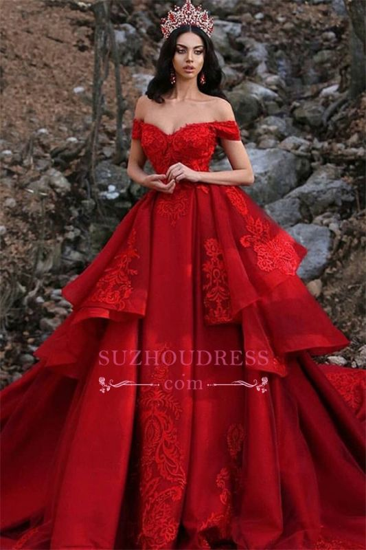Luxurious Lace Appliques Off-The-Shoulder Wedding Gown | Overskirt Sleeveless Red Wedding Dresses
