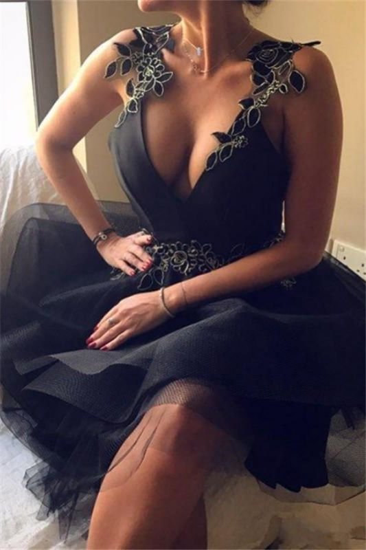2020 Sexy V-Neck Black Backless Appliques A-Line Short Homecoming Dress SK0002