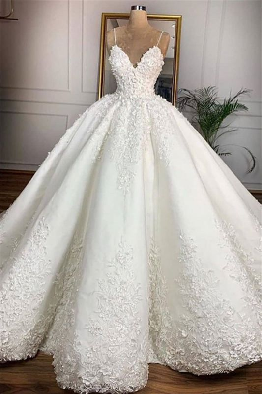 V-neck Spaghetti-straps Appliques Ball Gown Wedding Dresses | Gorgeous Lace Bridal Gowns 2020