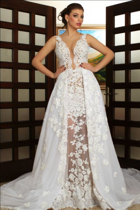 Deep V-Neck Wedding Dresses Over Skirt Shher Tulle Lace Appliques Wedding Dress