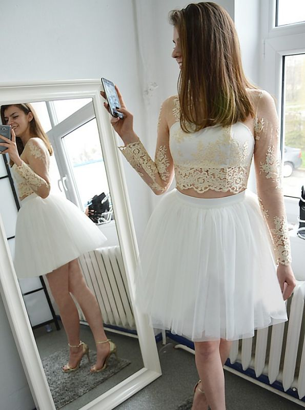 Glamorous Short Long Sleeves Homecoming Dresses | Champagne Appliques A-Line Hoco Dress