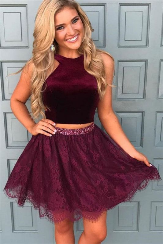 2020 Halter Burgundy Two Piece Homecoming Dresses Online Cheap Lace Beads Sequins Short Hoco Dress
