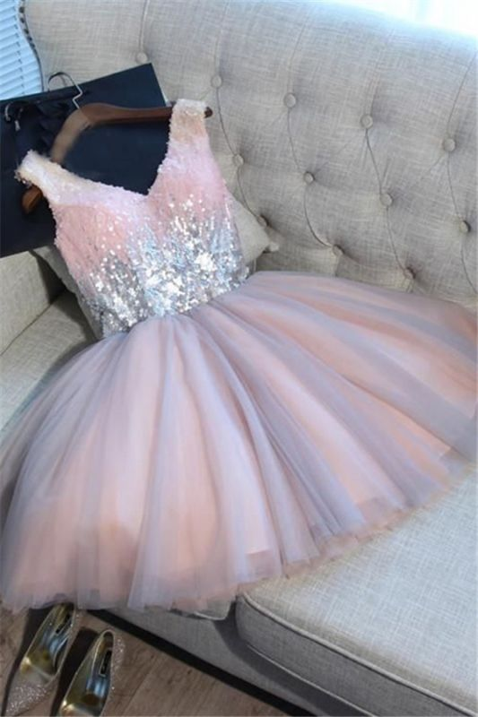 Glamorous V-Neck Tulle Sequins Homecoming Dresses 2020 Sleeveless Lace-up Hoco Dresses