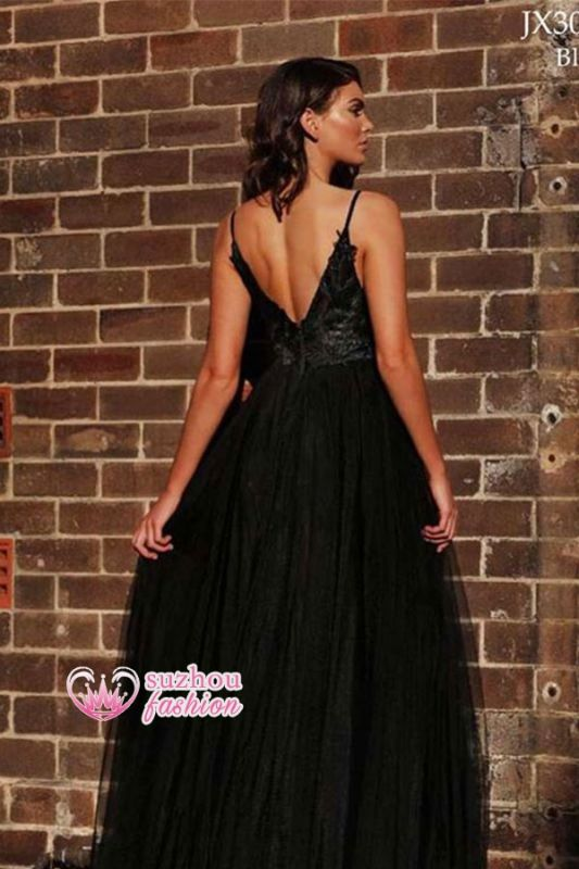 A-line Side-slit Applique Black V-back Spaghetti-strap Floor-length Ruffles Prom Dress