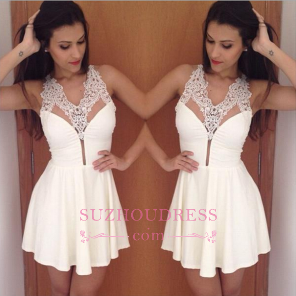2020 Simple Pretty New A-Line Halter Short Lace Homecoming Dress