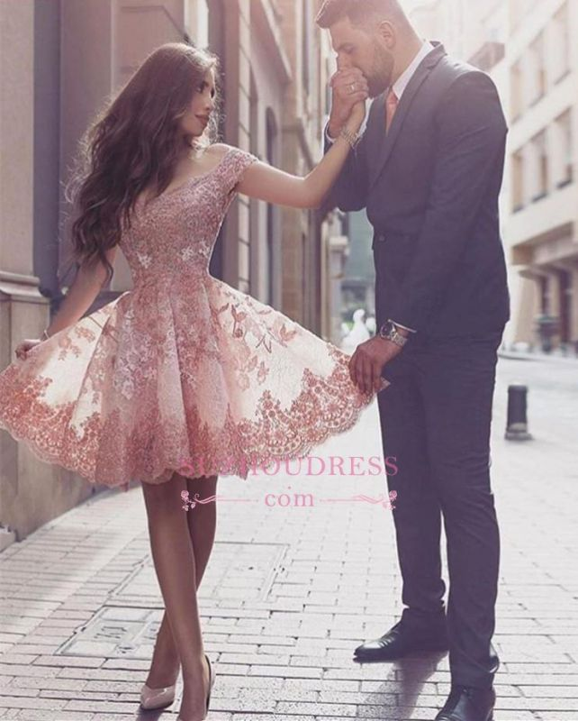 Tulle Short-Sleeves A-line Appliques Glamorous Mini Homecoming Dress