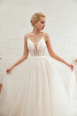 Chic Spaghetti Straps V-Neck Ivory Tulle Wedding Dress with Appliques_10