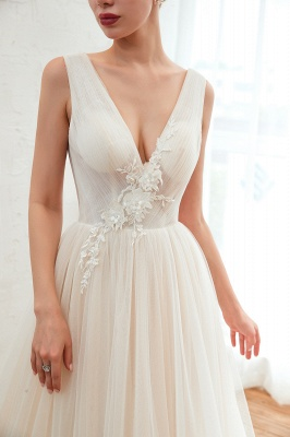 Affordable Tulle V-Neck Ruffle Long Wedding Dress with Appliques_8