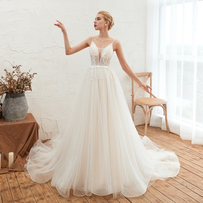 Chic Spaghetti Straps V-Neck Ivory Tulle Wedding Dress with Appliques_8