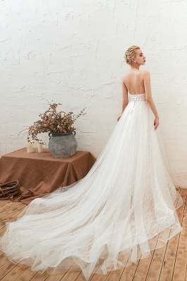 Affordable Tulle V-Neck Long Wedding Dress with Appliques_6