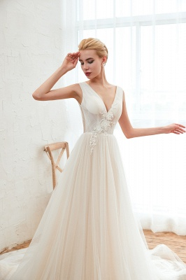 Affordable Tulle V-Neck Ruffle Long Wedding Dress with Appliques_7