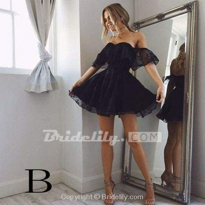 Sweetheart Off The Shoulder Lace Short Homecoming Dresses_3