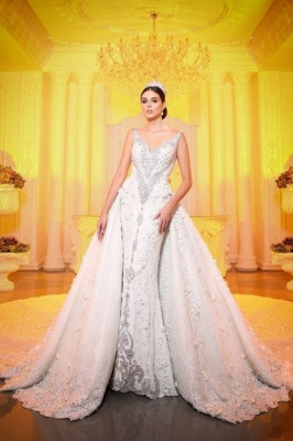 Luxury Chapel Train White Mermaid Wedding Dress With Lace Appliques_1