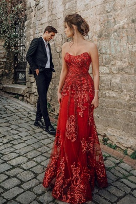 Beautiful Strapless Ruby Tulle Sequins Sheath Prom Dresses With Appliques_1