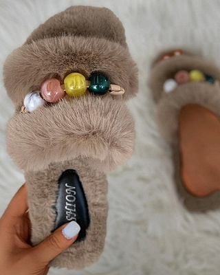 Colorblock Beaded Fluffy Slippers On Sale_16