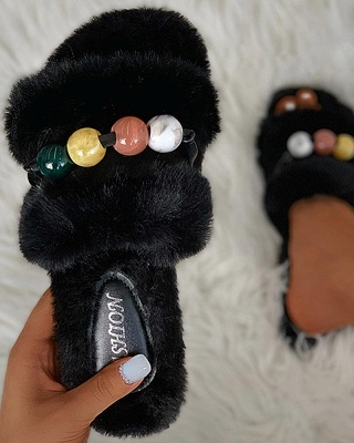 Colorblock Beaded Fluffy Slippers On Sale_9