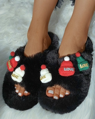 Christmas Pattern Cross Fluffy Slippers On Sale_3