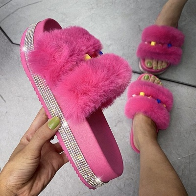 Colorblock Beaded Fluffy Slippers On Sale_3