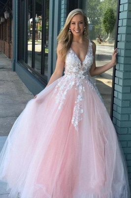 Sexy Deep-V-Neck Tulle Lace Prom Dress On Sale_1