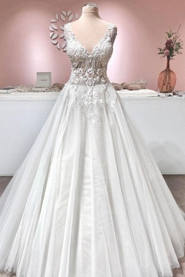 Gorgeous Tulle Ruffles V Neck Wedding Dresses With Lace Appliques