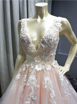 Sexy Deep-V-Neck Tulle Lace Prom Dress On Sale_3