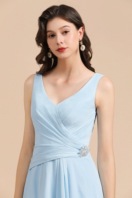 Elegant V Neck Sleeveless Sky Blue Bridesmaid Dresses Maxi_8