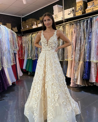 Women V Neck White Ruffles Prom Dresses With Lace Appliques_4